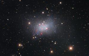 (Portal): A galáxia Sextans B é um festim para os nossos olhos